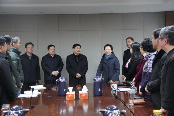 中共省委常委、统战部部长王燕文等走访民进省委机关